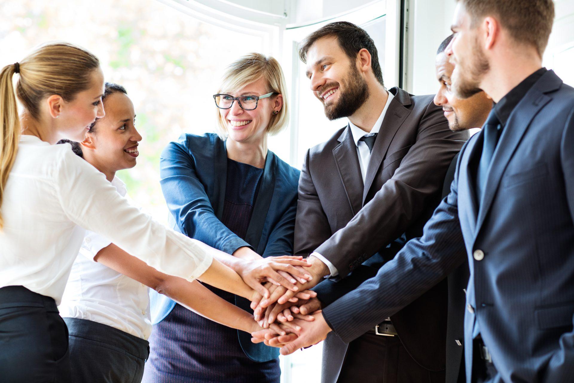 Beitragsbild multiple Handshake Verschmelzung zur PROXESS GmbH